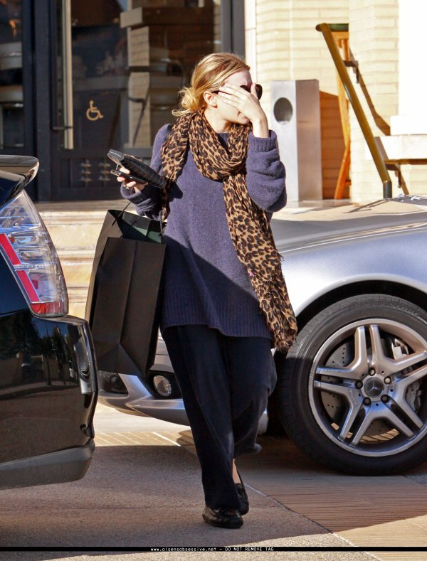 kkkkkkkkkkkkkkkkkkkkkkkkkkkkkkkkkkkkkkkkkkkkkkkkkkkkkkkkkkkkkkkkkkkkkkkkkkkkkkkkkkkkkkkkkkkkkkkkkkkkkkkkkkkkkkkk22 NOVEMBRE 2010 : Ashley quittant le Laurel Canyon Country store à Los Angeles   kkkkkkkkJ'adore son écharpe Louis Vuitton ! kkkkkkkkkkkkkkkkkkkkkkkkkkkkkkkkkkkkkkkkkkkkkkkkkkkkkkkkkkkkkkkkkkkkkkkkkkkkkkkkkkkkkkkkkkkkkkkkkkkkkkkkkkkkkkkk