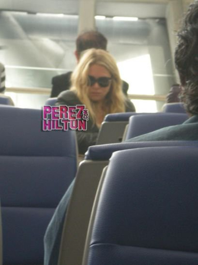 kkkkkkkkkkkkkkkkkkkkkkkkkkkkkkkkkkkkkkkkkkkkkkkkkkkkkkkkkkkkkkkkkkkkkkkkkkkkkkkkkkkkkkkkkkkkkkkkkkkkkkkkkkkkkkkkDECEMBRE 2010 : Ashley à l'aéroport de Los Angeles direction Bangkok afin de rejoindre Justin qui filmait The Hangover 2 en Thaïlande   kkkkkkkk  kkkkkkkkkkkkkkkkkkkkkkkkkkkkkkkkkkkkkkkkkkkkkkkkkkkkkkkkkkkkkkkkkkkkkkkkkkkkkkkkkkkkkkkkkkkkkkkkkkkkkkkkkkkkkkkk
