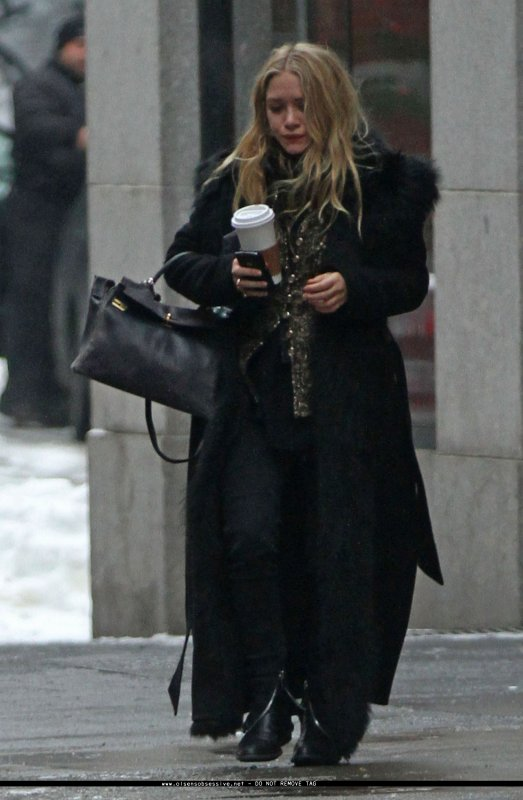 kkkkkkkkkkkkkkkkkkkkkkkkkkkkkkkkkkkkkkkkkkkkkkkkkkkkkkkkkkkkkkkkkkkkkkkkkkkkkkkkkkkkkkkkkkkkkkkkkkkkkkkkkkkkkkkk01 FÉVRIER 2011 : Mary-Kate quittant son appartement à SoHo, New York   kkkkkkkkDécidément, elle adore ce Hèrmes qu'elle porte pratiquement presque tout le temps depuis bientôt... 3 ans! ^^  kkkkkkkkkkkkkkkkkkkkkkkkkkkkkkkkkkkkkkkkkkkkkkkkkkkkkkkkkkkkkkkkkkkkkkkkkkkkkkkkkkkkkkkkkkkkkkkkkkkkkkkkkkkkkkkk