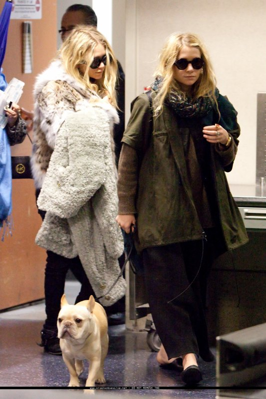 kkkkkkkkkkkkkkkkkkkkkkkkkkkkkkkkkkkkkkkkkkkkkkkkkkkkkkkkkkkkkkkkkkkkkkkkkkkkkkkkkkkkkkkkkkkkkkkkkkkkkkkkkkkkkkkk18 FÉVRIER 2011 : Mary-Kate et Ashley quittant l'aéroport de LAX à Los Angeles    kkkkkkkkLol Ashley a une bien drôle de tenue.. peut-être pour passer inaperçue mais visiblement ça n'a pas marcher.. ^^  kkkkkkkkkkkkkkkkkkkkkkkkkkkkkkkkkkkkkkkkkkkkkkkkkkkkkkkkkkkkkkkkkkkkkkkkkkkkkkkkkkkkkkkkkkkkkkkkkkkkkkkkkkkkkkkk