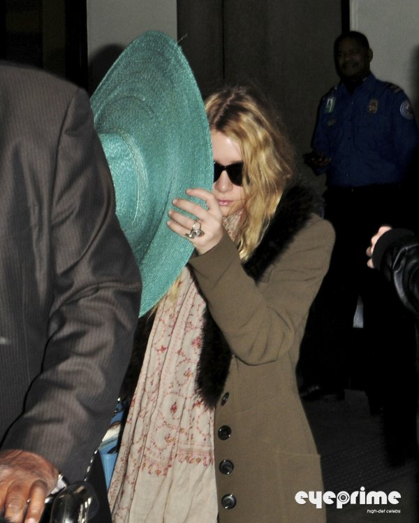 kkkkkkkkkkkkkkkkkkkkkkkkkkkkkkkkkkkkkkkkkkkkkkkkkkkkkkkkkkkkkkkkkkkkkkkkkkkkkkkkkkkkkkkkkkkkkkkkkkkkkkkkkkkkkkkk29 MARS 2011 : Mary-Kate et Ashley quittant l'aéroport de LAX en soirée à Los Angeles    kkkkkkkkJe me demande bien ce qu'elles sont venues faire à LA ^^  kkkkkkkkkkkkkkkkkkkkkkkkkkkkkkkkkkkkkkkkkkkkkkkkkkkkkkkkkkkkkkkkkkkkkkkkkkkkkkkkkkkkkkkkkkkkkkkkkkkkkkkkkkkkkkkk