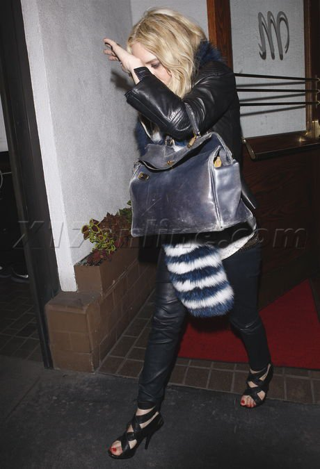 kkkkkkkkkkkkkkkkkkkkkkkkkkkkkkkkkkkkkkkkkkkkkkkkkkkkkkkkkkkkkkkkkkkkkkkkkkkkkkkkkkkkkkkkkkkkkkkkkkkkkkkkkkkkkkkk05 AVRIL 2011 : Mary-Kate quittant le restaurant Madeo à West Hollywood, Los Angeles   kkkkkkkkAh j'adore sa tenue, vraiment Top ! :)  kkkkkkkkkkkkkkkkkkkkkkkkkkkkkkkkkkkkkkkkkkkkkkkkkkkkkkkkkkkkkkkkkkkkkkkkkkkkkkkkkkkkkkkkkkkkkkkkkkkkkkkkkkkkkkkk