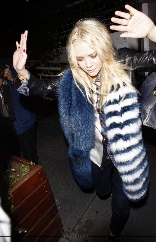 kkkkkkkkkkkkkkkkkkkkkkkkkkkkkkkkkkkkkkkkkkkkkkkkkkkkkkkkkkkkkkkkkkkkkkkkkkkkkkkkkkkkkkkkkkkkkkkkkkkkkkkkkkkkkkkk05 AVRIL 2011 : Mary-Kate quittant le restaurant Madeo à West Hollywood, Los Angeles   kkkkkkkkAh j'adore sa tenue, vraiment Top ! :)  kkkkkkkkkkkkkkkkkkkkkkkkkkkkkkkkkkkkkkkkkkkkkkkkkkkkkkkkkkkkkkkkkkkkkkkkkkkkkkkkkkkkkkkkkkkkkkkkkkkkkkkkkkkkkkkk