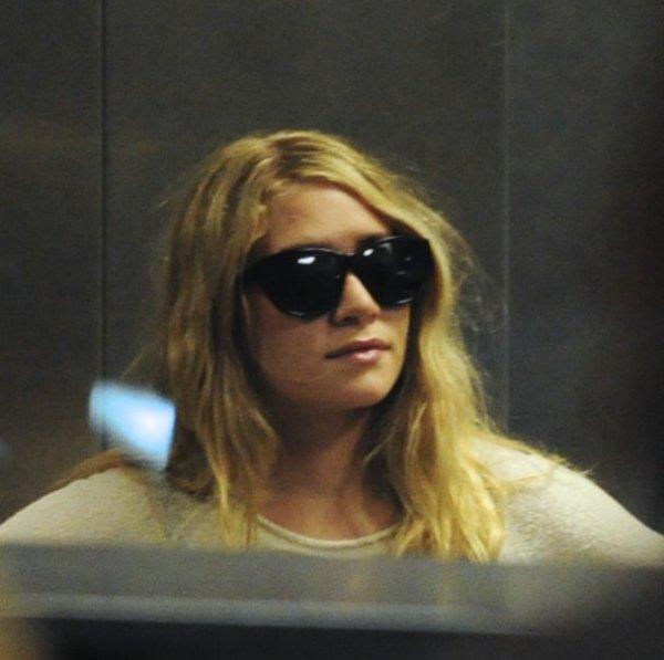 kkkkkkkkkkkkkkkkkkkkkkkkkkkkkkkkkkkkkkkkkkkkkkkkkkkkkkkkkkkkkkkkkkkkkkkkkkkkkkkkkkkkkkkkkkkkkkkkkkkkkkkkkkkkkkkk10 AVRIL 2011 : Mary-Kate et Ashley à  l'aéroport de LAX en soirée à Los Angeles    kkkkkkkkElles sont probablement de retour à New York pour travailler  ;)  kkkkkkkkkkkkkkkkkkkkkkkkkkkkkkkkkkkkkkkkkkkkkkkkkkkkkkkkkkkkkkkkkkkkkkkkkkkkkkkkkkkkkkkkkkkkkkkkkkkkkkkkkkkkkkkk