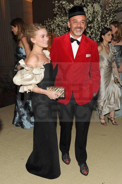 kkkkkkkkkkkkkkkkkkkkkkkkkkkkkkkkkkkkkkkkkkkkkkkkkkkkkkkkkkkkkkkkkkkkkkkkkkkkkkkkkkkkkkkkkkkkkkkkkkkkkkkkkkkkkkkk02 MAI 2011 : Mary-Kate et Ashley à l'intérieur du musée Métropolitain de l'art pour le Met Costume Institute Gala à New York    kkkkkkkkContent qu'elles n'est pas manquées le gala comme l'année passée ! ^^   kkkkkkkkkkkkkkkkkkkkkkkkkkkkkkkkkkkkkkkkkkkkkkkkkkkkkkkkkkkkkkkkkkkkkkkkkkkkkkkkkkkkkkkkkkkkkkkkkkkkkkkkkkkkkkkk