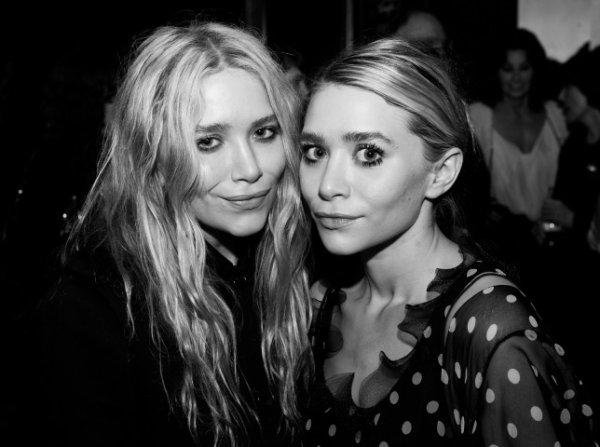kkkkkkkkkkkkkkkkkkkkkkkkkkkkkkkkkkkkkkkkkkkkkkkkkkkkkkkkkkkkkkkkkkkkkkkkkkkkkkkkkkkkkkkkkkkkkkkkkkkkkkkkkkkkkkkk17 MAI 2011 : Mary-Kate et Ashley à la projection du film Minuit à Paris dans le cinéma de l'hôtel Tribeca Grand organisé par Thierry Mugler et la société du cinéma à New York  kkkkkkkkOmg elles ont l'air minuscules  :o kkkkkkkkkkkkkkkkkkkkkkkkkkkkkkkkkkkkkkkkkkkkkkkkkkkkkkkkkkkkkkkkkkkkkkkkkkkkkkkkkkkkkkkkkkkkkkkkkkkkkkkkkkkkkkkk