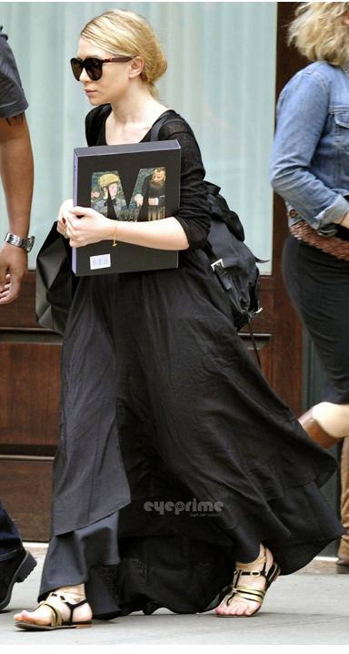 kkkkkkkkkkkkkkkkkkkkkkkkkkkkkkkkkkkkkkkkkkkkkkkkkkkkkkkkkkkkkkkkkkkkkkkkkkkkkkkkkkkkkkkkkkkkkkkkkkkkkkkkkkkkkkkk24 MAI 2011 : Ashley quittant son hôtel, le Greenwich, à Tribeca, New York    kkkkkkkkJe me demande bien ce qu'elle fessait avec un livre de Manet ^^  kkkkkkkkkkkkkkkkkkkkkkkkkkkkkkkkkkkkkkkkkkkkkkkkkkkkkkkkkkkkkkkkkkkkkkkkkkkkkkkkkkkkkkkkkkkkkkkkkkkkkkkkkkkkkkkk