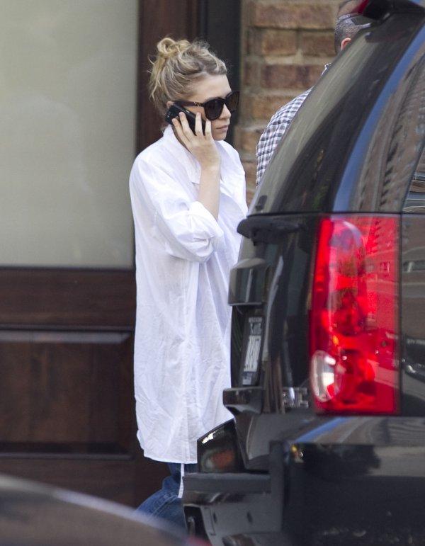 kkkkkkkkkkkkkkkkkkkkkkkkkkkkkkkkkkkkkkkkkkkkkkkkkkkkkkkkkkkkkkkkkkkkkkkkkkkkkkkkkkkkkkkkkkkkkkkkkkkkkkkkkkkkkkkk25 MAI 2011 : Ashley quittant son hôtel, le Greenwich, à Tribeca, New York   kkkkkkkkAh un top :D Enfin une tenue de son âge ^^  kkkkkkkkkkkkkkkkkkkkkkkkkkkkkkkkkkkkkkkkkkkkkkkkkkkkkkkkkkkkkkkkkkkkkkkkkkkkkkkkkkkkkkkkkkkkkkkkkkkkkkkkkkkkkkkk