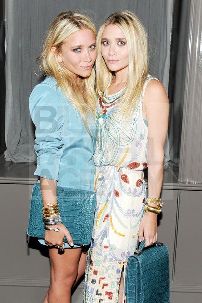 kkkkkkkkkkkkkkkkkkkkkkkkkkkkkkkkkkkkkkkkkkkkkkkkkkkkkkkkkkkkkkkkkkkkkkkkkkkkkkkkkkkkkkkkkkkkkkkkkkkkkkkkkkkkkkkk13 JUILLET 2011 : Mary-Kate et Ashley au lancement de leur ligne de sacs à mains The Row au magasin Barney's NY à New York   kkkkkkkkOMG elles sont magnifiques, j'adore tout :D / P-S : Elizabeth, la soeur des jumelles, était présente à l'événement ! kkkkkkkkkkkkkkkkkkkkkkkkkkkkkkkkkkkkkkkkkkkkkkkkkkkkkkkkkkkkkkkkkkkkkkkkkkkkkkkkkkkkkkkkkkkkkkkkkkkkkkkkkkkkkkkk