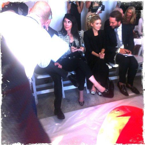 kkkkkkkkkkkkkkkkkkkkkkkkkkkkkkkkkkkkkkkkkkkkkkkkkkkkkkkkkkkkkkkkkkkkkkkkkkkkkkkkkkkkkkkkkkkkkkkkkkkkkkkkkkkkkkkk13 SEPTEMBRE 2011 : Ashley au défilé de Oscar de la Renta printemps/été 2012 avec son amie Estee au 11 West 42nd Street à New York    kkkkkkkkJe m'attendais pas une seconde qu'elle se rende à un défilée ! Elle qui disais il y a quelque mois qu'elle évitait dorénavant.. /Lol elle était assise presque à côté de Justin Timberlake, le sois-disant nouveau copain d'Ashley (par la presse) en mai/juin ^^ kkkkkkkkkkkkkkkkkkkkkkkkkkkkkkkkkkkkkkkkkkkkkkkkkkkkkkkkkkkkkkkkkkkkkkkkkkkkkkkkkkkkkkkkkkkkkkkkkkkkkkkkkkkkkkkk