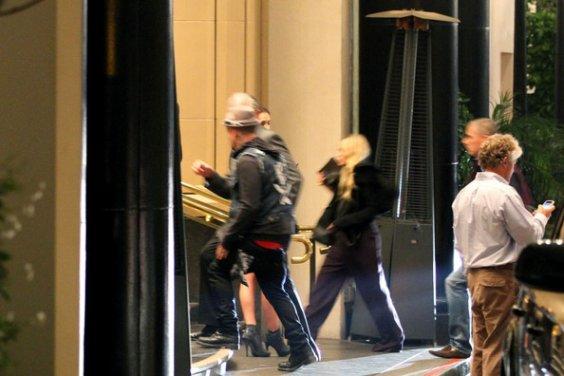 kkkkkkkkkkkkkkkkkkkkkkkkkkkkkkkkkkkkkkkkkkkkkkkkkkkkkkkkkkkkkkkkkkkkkkkkkkkkkkkkkkkkkkkkkkkkkkkkkkkkkkkkkkkkkkkk21 SEPTEMBRE 2011 : Mary-Kate (arrivant) et Ashley quittant la fête pour le 30e anniversaire de Nicole Richie au restaurant Wolfang Steakhouse avec son amie Estee à Beverly Hills, Los Angeles     kkkkkkkkQu'un vidéo pour l'instant.. kkkkkkkkkkkkkkkkkkkkkkkkkkkkkkkkkkkkkkkkkkkkkkkkkkkkkkkkkkkkkkkkkkkkkkkkkkkkkkkkkkkkkkkkkkkkkkkkkkkkkkkkkkkkkkkk