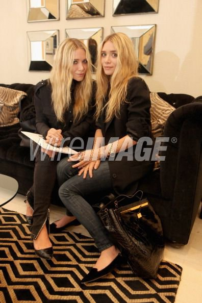 kkkkkkkkkkkkkkkkkkkkkkkkkkkkkkkkkkkkkkkkkkkkkkkkkkkkkkkkkkkkkkkkkkkkkkkkkkkkkkkkkkkkkkkkkkkkkkkkkkkkkkkkkkkkkkkk21 SEPTEMBRE 2011 : Mary-Kate et Ashley au lancement de leur ligne de sacs à main The Row au magasin Barney's New York à Beverly Hills, Los Angeles    kkkkkkkkContent de les voir à un événement à LA, ça change de NYC  ;)   kkkkkkkkkkkkkkkkkkkkkkkkkkkkkkkkkkkkkkkkkkkkkkkkkkkkkkkkkkkkkkkkkkkkkkkkkkkkkkkkkkkkkkkkkkkkkkkkkkkkkkkkkkkkkkkk