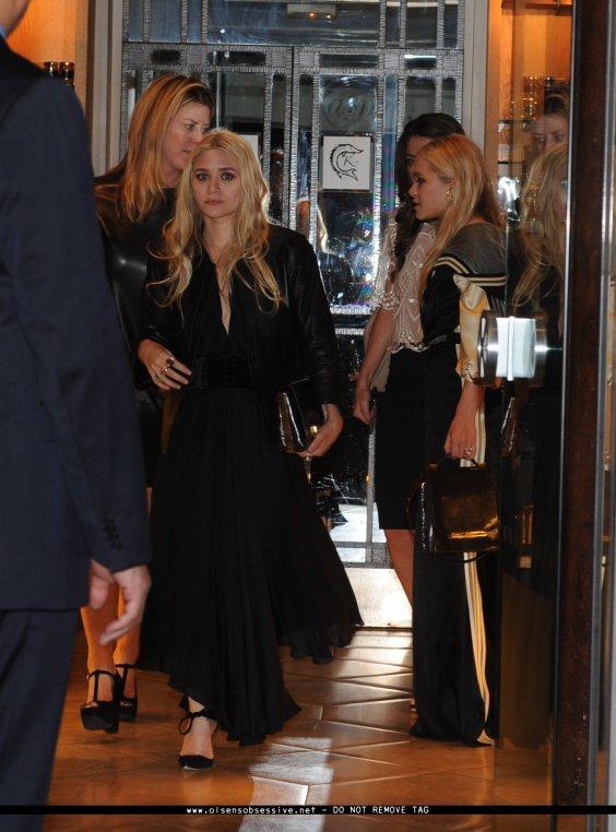 kkkkkkkkkkkkkkkkkkkkkkkkkkkkkkkkkkkkkkkkkkkkkkkkkkkkkkkkkkkkkkkkkkkkkkkkkkkkkkkkkkkkkkkkkkkkkkkkkkkkkkkkkkkkkkkk29 SEPTEMBRE 2011 : Mary-Kate et Ashley quittant leur événement pour The Row sur Avenue Montaigne et ensuite quittant le restaurant Caviar Kaspia à Paris, en France    kkkkkkkkAshley commence visiblement à être saturé d'être prise en photo toute la journée ^^  kkkkkkkkkkkkkkkkkkkkkkkkkkkkkkkkkkkkkkkkkkkkkkkkkkkkkkkkkkkkkkkkkkkkkkkkkkkkkkkkkkkkkkkkkkkkkkkkkkkkkkkkkkkkkkkk