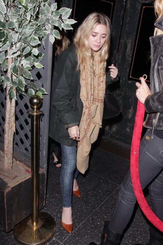 kkkkkkkkkkkkkkkkkkkkkkkkkkkkkkkkkkkkkkkkkkkkkkkkkkkkkkkkkkkkkkkkkkkkkkkkkkkkkkkkkkkkkkkkkkkkkkkkkkkkkkkkkkkkkkkk23 NOVEMBRE 2011 : Mary-Kate et Ashley quittant le club Hemingway à Hollywood, LA   kkkkkkkkTellement rare de les voir quitter un club et encore plus à LA :o Mais c'est super on peut avoir des photos..  kkkkkkkkkkkkkkkkkkkkkkkkkkkkkkkkkkkkkkkkkkkkkkkkkkkkkkkkkkkkkkkkkkkkkkkkkkkkkkkkkkkkkkkkkkkkkkkkkkkkkkkkkkkkkkkk