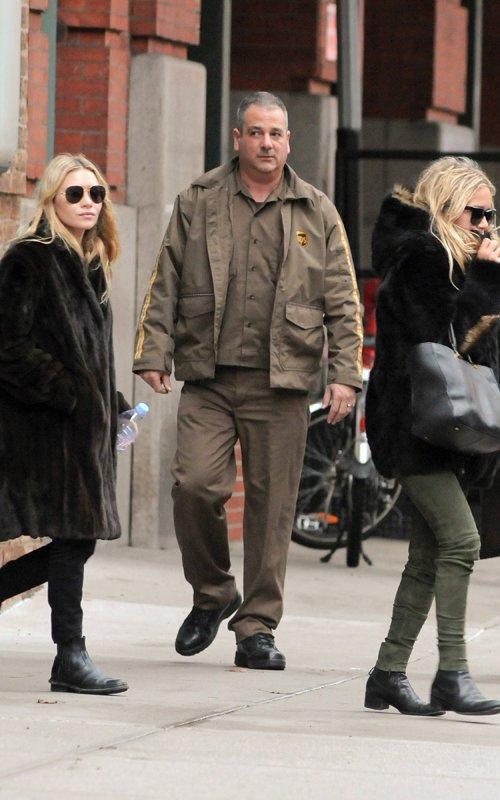 kkkkkkkkkkkkkkkkkkkkkkkkkkkkkkkkkkkkkkkkkkkkkkkkkkkkkkkkkkkkkkkkkkkkkkkkkkkkkkkkkkkkkkkkkkkkkkkkkkkkkkkkkkkkkkkk12 JANVIER 2012 : Mary-Kate et Ashley quittant l'hôtel Greenwich à Tribeca, New York     kkkkkkkkENFIN des photos !! :D Il était plus que temps ! ^^ * Premières photos de 2012 !! :)  kkkkkkkkkkkkkkkkkkkkkkkkkkkkkkkkkkkkkkkkkkkkkkkkkkkkkkkkkkkkkkkkkkkkkkkkkkkkkkkkkkkkkkkkkkkkkkkkkkkkkkkkkkkkkkkk