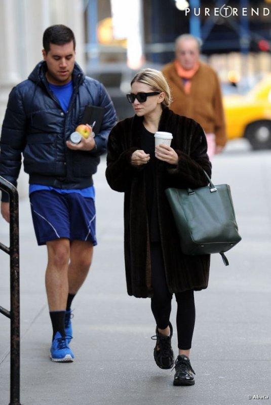 kkkkkkkkkkkkkkkkkkkkkkkkkkkkkkkkkkkkkkkkkkkkkkkkkkkkkkkkkkkkkkkkkkkkkkkkkkkkkkkkkkkkkkkkkkkkkkkkkkkkkkkkkkkkkkkk09 FÉVRIER  2012 : Ashley quittant son hôtel afin de se rendre à la gym avec un ami à Tribeca, New York      kkkkkkkkToujours avec le même manteau.. ^^   kkkkkkkkkkkkkkkkkkkkkkkkkkkkkkkkkkkkkkkkkkkkkkkkkkkkkkkkkkkkkkkkkkkkkkkkkkkkkkkkkkkkkkkkkkkkkkkkkkkkkkkkkkkkkkkk