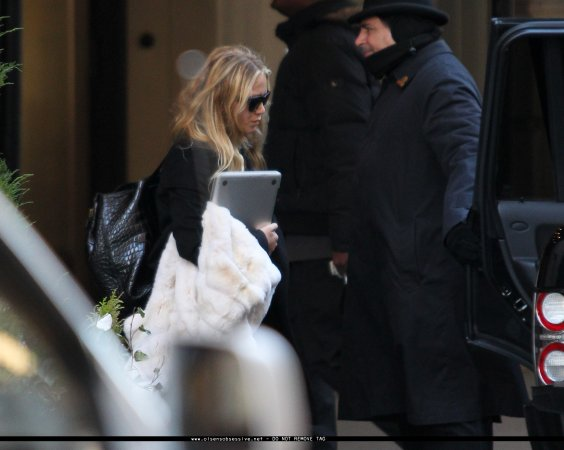kkkkkkkkkkkkkkkkkkkkkkkkkkkkkkkkkkkkkkkkkkkkkkkkkkkkkkkkkkkkkkkkkkkkkkkkkkkkkkkkkkkkkkkkkkkkkkkkkkkkkkkkkkkkkkkk13 FÉVRIER  2012 : Mary-Kate et Ashley quittant l'hôtel Caryle après le défilé de leur marque, The Row, à New York      kkkkkkkkJ'aime bien leur tenues :)   kkkkkkkkkkkkkkkkkkkkkkkkkkkkkkkkkkkkkkkkkkkkkkkkkkkkkkkkkkkkkkkkkkkkkkkkkkkkkkkkkkkkkkkkkkkkkkkkkkkkkkkkkkkkkkkk