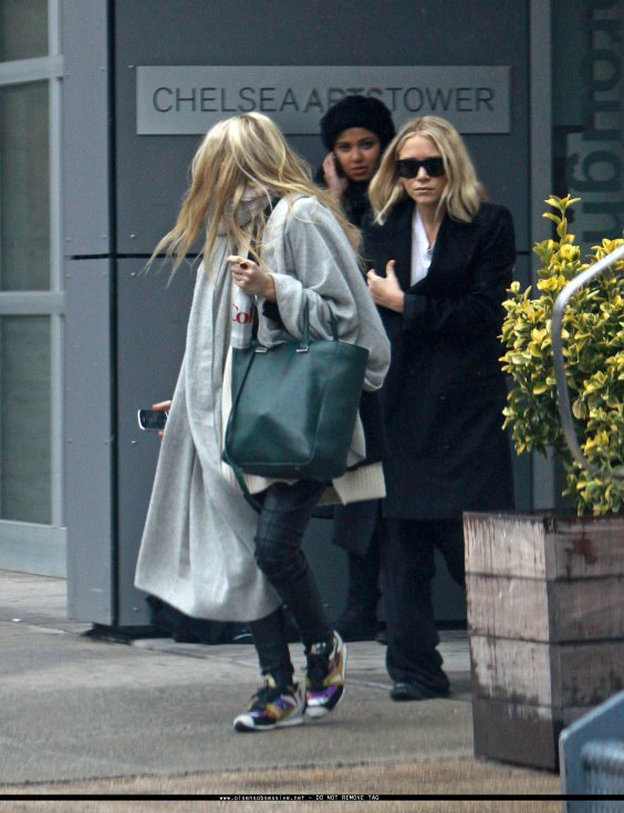 kkkkkkkkkkkkkkkkkkkkkkkkkkkkkkkkkkkkkkkkkkkkkkkkkkkkkkkkkkkkkkkkkkkkkkkkkkkkkkkkkkkkkkkkkkkkkkkkkkkkkkkkkkkkkkkk16 FÉVRIER  2012 : Mary-Kate et Ashley quittant le Chelsea Arts Tower à New York      kkkkkkkkJolies tenues ! :)  kkkkkkkkkkkkkkkkkkkkkkkkkkkkkkkkkkkkkkkkkkkkkkkkkkkkkkkkkkkkkkkkkkkkkkkkkkkkkkkkkkkkkkkkkkkkkkkkkkkkkkkkkkkkkkkk