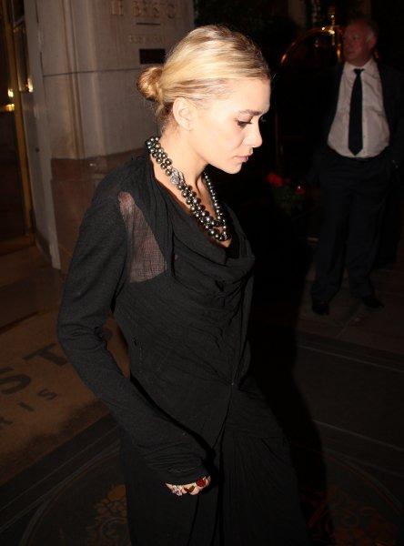 kkkkkkkkkkkkkkkkkkkkkkkkkkkkkkkkkkkkkkkkkkkkkkkkkkkkkkkkkkkkkkkkkkkkkkkkkkkkkkkkkkkkkkkkkkkkkkkkkkkkkkkkkkkkkkkk30 SEPTEMBRE 2011 : Ashley quittant son hôtel, Le Bristol, en soirée à Paris      kkkkkkkkElle est magnifique, très classe ! / L'article sera déplacé plus tard ^^  kkkkkkkkkkkkkkkkkkkkkkkkkkkkkkkkkkkkkkkkkkkkkkkkkkkkkkkkkkkkkkkkkkkkkkkkkkkkkkkkkkkkkkkkkkkkkkkkkkkkkkkkkkkkkkkk
