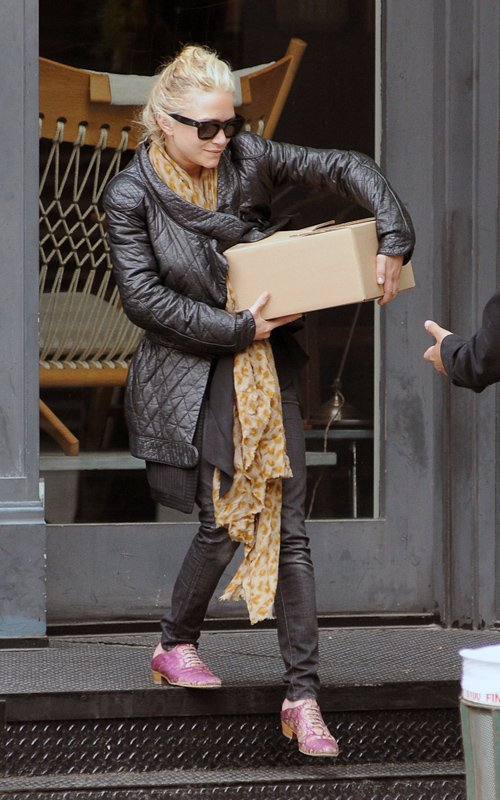kkkkkkkkkkkkkkkkkkkkkkkkkkkkkkkkkkkkkkkkkkkkkkkkkkkkkkkkkkkkkkkkkkkkkkkkkkkkkkkkkkkkkkkkkkkkkkkkkkkkkkkkkkkkkkkk04 MAI 2012 : Mary-Kate quittant un magasin de lampes à SoHo, New York    kkkkkkkkJ'adore son petit sourire en coin  ;) kkkkkkkkkkkkkkkkkkkkkkkkkkkkkkkkkkkkkkkkkkkkkkkkkkkkkkkkkkkkkkkkkkkkkkkkkkkkkkkkkkkkkkkkkkkkkkkkkkkkkkkkkkkkkkkk