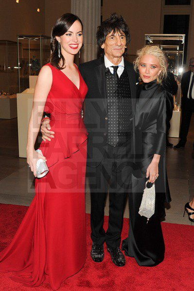 """kkkkkkkkkkkkkkkkkkkkkkkkkkkkkkkkkkkkkkkkkkkkkkkkkkkkkkkkkkkkkkkkkkkkkkkkkkkkkkkkkkkkkkkkkkkkkkkkkkkkkkkkkkkkkkkk07 MAI 2012 : Mary-Kate au gala du MET Costume Institute intitulé """"Schiaparelli and Prada : Impossible Conversations"""" au Musée de l'art à New York    kkkkkkkkTrès classe, par conte, par du tout fan de la coiffure :(  kkkkkkkkkkkkkkkkkkkkkkkkkkkkkkkkkkkkkkkkkkkkkkkkkkkkkkkkkkkkkkkkkkkkkkkkkkkkkkkkkkkkkkkkkkkkkkkkkkkkkkkkkkkkkkkk"""