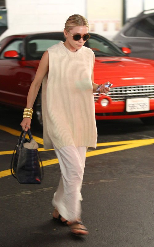 kkkkkkkkkkkkkkkkkkkkkkkkkkkkkkkkkkkkkkkkkkkkkkkkkkkkkkkkkkkkkkkkkkkkkkkkkkkkkkkkkkkkkkkkkkkkkkkkkkkkkkkkkkkkkkkk09 MAI 2012 : Ashley quittant un centre de manucure à Beverly Hills, Los Angeles    kkkkkkkkAH Enfin le retour d'Ashley !! :D  Elle se cache à LA depuis un bout, je me demande bien qu'est qui se passe...  kkkkkkkkkkkkkkkkkkkkkkkkkkkkkkkkkkkkkkkkkkkkkkkkkkkkkkkkkkkkkkkkkkkkkkkkkkkkkkkkkkkkkkkkkkkkkkkkkkkkkkkkkkkkkkkk
