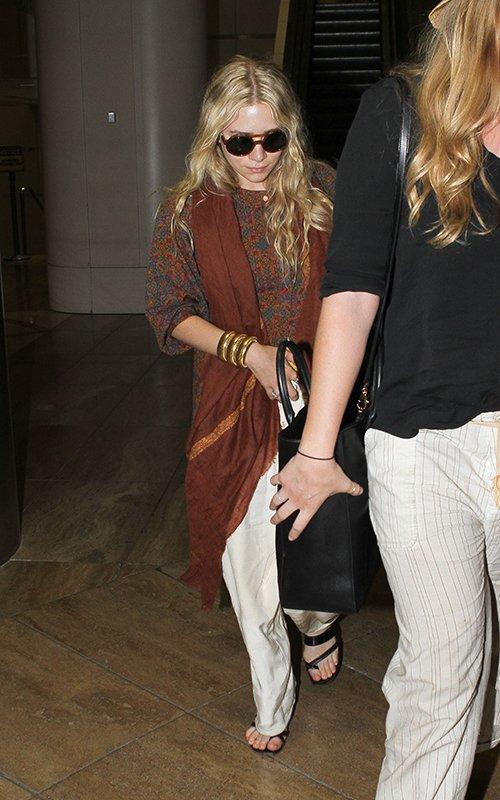 kkkkkkkkkkkkkkkkkkkkkkkkkkkkkkkkkkkkkkkkkkkkkkkkkkkkkkkkkkkkkkkkkkkkkkkkkkkkkkkkkkkkkkkkkkkkkkkkkkkkkkkkkkkkkkkk16 MAI 2012 : Ashley quittant l'aéroport de LAX en soirée avec une amie après un séjour à Hawaii, à Los Angeles   kkkkkkkkDommage qu'on ai pas eu de photos d'elle à Hawaii ! ^^  kkkkkkkkkkkkkkkkkkkkkkkkkkkkkkkkkkkkkkkkkkkkkkkkkkkkkkkkkkkkkkkkkkkkkkkkkkkkkkkkkkkkkkkkkkkkkkkkkkkkkkkkkkkkkkkk