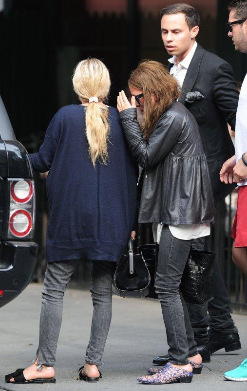 kkkkkkkkkkkkkkkkkkkkkkkkkkkkkkkkkkkkkkkkkkkkkkkkkkkkkkkkkkkkkkkkkkkkkkkkkkkkkkkkkkkkkkkkkkkkkkkkkkkkkkkkkkkkkkkk18 JUIN 2012 : Mary-Kate et Ashley quittant le resto' Sant Ambroeus à West Village, NY    kkkkkkkkEnfin le retour de MK ! Dommage elle se cache :/ Sinon j'aime bien leurs tenues :) kkkkkkkkkkkkkkkkkkkkkkkkkkkkkkkkkkkkkkkkkkkkkkkkkkkkkkkkkkkkkkkkkkkkkkkkkkkkkkkkkkkkkkkkkkkkkkkkkkkkkkkkkkkkkkkk