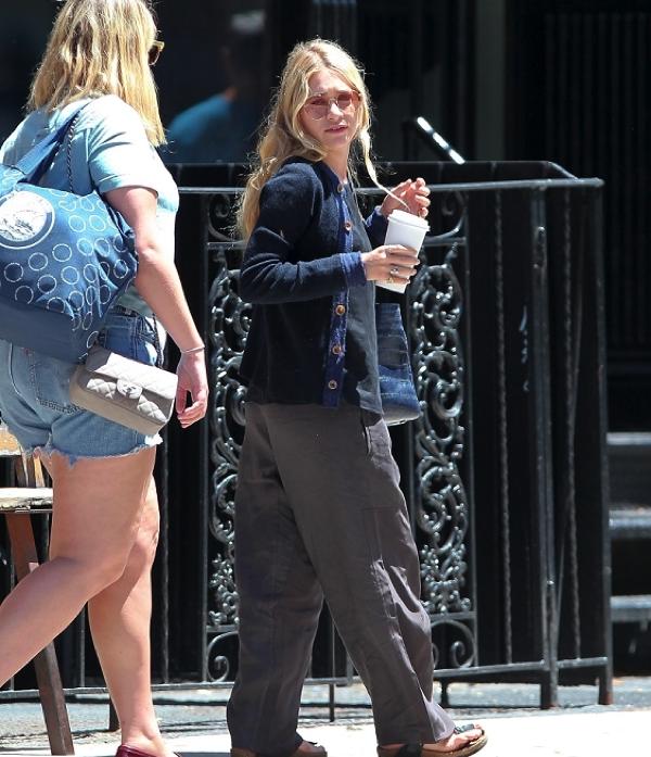 kkkkkkkkkkkkkkkkkkkkkkkkkkkkkkkkkkkkkkkkkkkkkkkkkkkkkkkkkkkkkkkkkkkkkkkkkkkkkkkkkkkkkkkkkkkkkkkkkkkkkkkkkkkkkkkk15 JUIN 2012 : Ashley quittant le resto' The Smile avec son amie Cassie Coane à NoHo, NY   kkkkkkkkTenue très confo j'aime bien :) kkkkkkkkkkkkkkkkkkkkkkkkkkkkkkkkkkkkkkkkkkkkkkkkkkkkkkkkkkkkkkkkkkkkkkkkkkkkkkkkkkkkkkkkkkkkkkkkkkkkkkkkkkkkkkkk