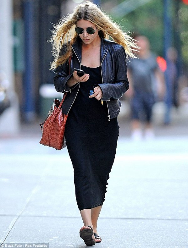 kkkkkkkkkkkkkkkkkkkkkkkkkkkkkkkkkkkkkkkkkkkkkkkkkkkkkkkkkkkkkkkkkkkkkkkkkkkkkkkkkkkkkkkkkkkkkkkkkkkkkkkkkkkkkkkk30 JUILLET 2012 : Ashley se promenant dans les rues de Manhattan à New York   kkkkkkkkTrès belle tenue, j'adore son style :D  kkkkkkkkkkkkkkkkkkkkkkkkkkkkkkkkkkkkkkkkkkkkkkkkkkkkkkkkkkkkkkkkkkkkkkkkkkkkkkkkkkkkkkkkkkkkkkkkkkkkkkkkkkkkkkkk