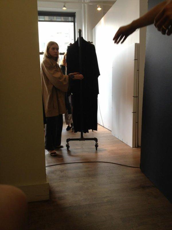 kkkkkkkkkkkkkkkkkkkkkkkkkkkkkkkkkkkkkkkkkkkkkkkkkkkkkkkkkkkkkkkkkkkkkkkkkkkkkkkkkkkkkkkkkkkkkkkkkkkkkkkkkkkkkkkk05 SEPTEMBRE 2012 : Ashley regardant des vêtements dans un bureau à New York    kkkkkkkkMary-Kate et elle seront au magasin Barney's New York pour la Fashion's Night out ! :)  kkkkkkkkkkkkkkkkkkkkkkkkkkkkkkkkkkkkkkkkkkkkkkkkkkkkkkkkkkkkkkkkkkkkkkkkkkkkkkkkkkkkkkkkkkkkkkkkkkkkkkkkkkkkkkkk