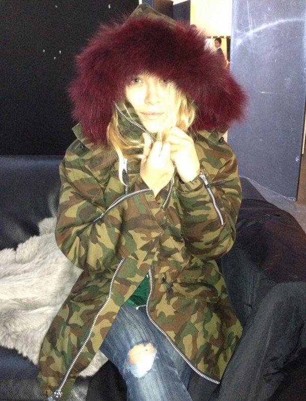"""kkkkkkkkkkkkkkkkkkkkkkkkkkkkkkkkkkkkkkkkkkkkkkkkkkkkkkkkkkkkkkkkkkkkkkkkkkkkkkkkkkkkkkkkkkkkkkkkkkkkkkkkkkkkkkkk25 SEPTEMBRE 2012 : Mary-Kate portant le manteau """"Camo Military Parka"""" Elizabeth and James collection hiver/printemps 2013 à New York    kkkkkkkkToute mignonne ^^ kkkkkkkkkkkkkkkkkkkkkkkkkkkkkkkkkkkkkkkkkkkkkkkkkkkkkkkkkkkkkkkkkkkkkkkkkkkkkkkkkkkkkkkkkkkkkkkkkkkkkkkkkkkkkkkk"""