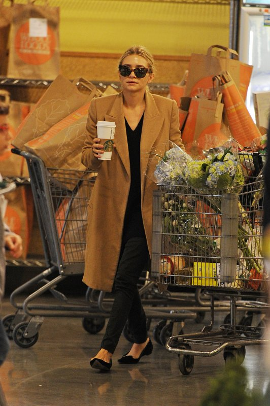kkkkkkkkkkkkkkkkkkkkkkkkkkkkkkkkkkkkkkkkkkkkkkkkkkkkkkkkkkkkkkkkkkkkkkkkkkkkkkkkkkkkkkkkkkkkkkkkkkkkkkkkkkkkkkkk20 OCTOBRE 2012 : Ashley faisant son marché à l'épicerie Whole Foods à New York    kkkkkkkkSympa son manteau ! :) kkkkkkkkkkkkkkkkkkkkkkkkkkkkkkkkkkkkkkkkkkkkkkkkkkkkkkkkkkkkkkkkkkkkkkkkkkkkkkkkkkkkkkkkkkkkkkkkkkkkkkkkkkkkkkkk
