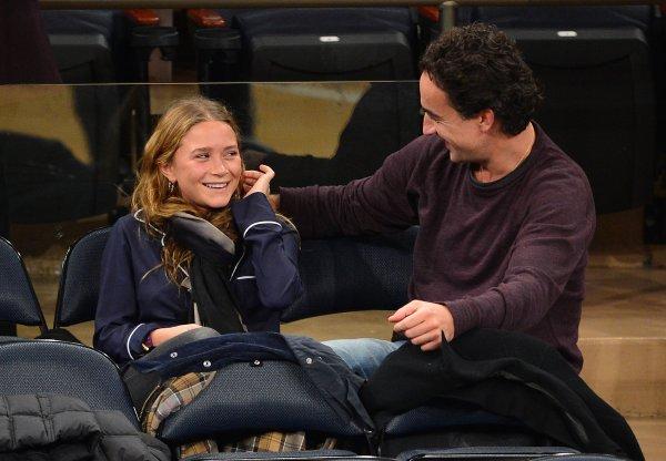 kkkkkkkkkkkkkkkkkkkkkkkkkkkkkkkkkkkkkkkkkkkkkkkkkkkkkkkkkkkkkkkkkkkkkkkkkkkkkkkkkkkkkkkkkkkkkkkkkkkkkkkkkkkkkkkk09 NOVEMBRE 2012 : Mary-Kate au match de basketball des Mavericks de Dallas contre les Knics de NY au Madison Squares Garden à New York    kkkkkkkkMalgré leur différence d'âge ils sont vraiment l'air heureux ensembles ! :)  kkkkkkkkkkkkkkkkkkkkkkkkkkkkkkkkkkkkkkkkkkkkkkkkkkkkkkkkkkkkkkkkkkkkkkkkkkkkkkkkkkkkkkkkkkkkkkkkkkkkkkkkkkkkkkkk