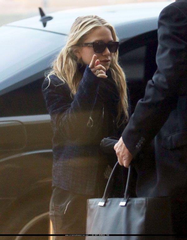 kkkkkkkkkkkkkkkkkkkkkkkkkkkkkkkkkkkkkkkkkkkkkkkkkkkkkkkkkkkkkkkkkkkkkkkkkkkkkkkkkkkkkkkkkkkkkkkkkkkkkkkkkkkkkkkk13 DÉCEMBRE 2012 : Mary-Kate et Ashley arrivant séparément à l'aéroport de LAX à LA   kkkkkkkkLe retour du blond pour Mary-Kate ! ^^ kkkkkkkkkkkkkkkkkkkkkkkkkkkkkkkkkkkkkkkkkkkkkkkkkkkkkkkkkkkkkkkkkkkkkkkkkkkkkkkkkkkkkkkkkkkkkkkkkkkkkkkkkkkkkkkk