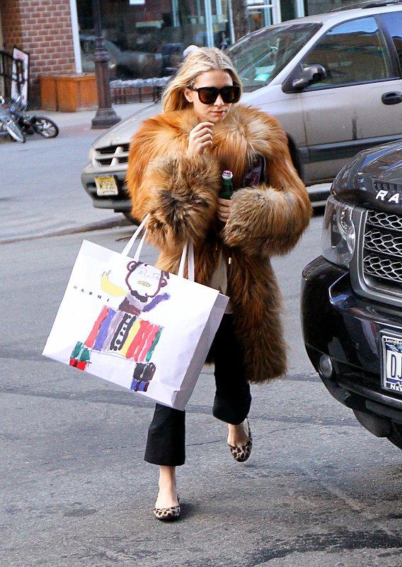 kkkkkkkkkkkkkkkkkkkkkkkkkkkkkkkkkkkkkkkkkkkkkkkkkkkkkkkkkkkkkkkkkkkkkkkkkkkkkkkkkkkkkkkkkkkkkkkkkkkkkkkkkkkkkkkk17 FÉVRIER 2013 : Ashley arrivant à l'hôtel Greenwich à Tribeca, New York    kkkkkkkkLe manteau est disons.. très imposant lol ;)  kkkkkkkkkkkkkkkkkkkkkkkkkkkkkkkkkkkkkkkkkkkkkkkkkkkkkkkkkkkkkkkkkkkkkkkkkkkkkkkkkkkkkkkkkkkkkkkkkkkkkkkkkkkkkkkk