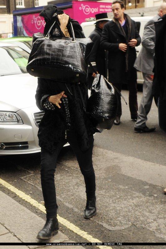 kkkkkkkkkkkkkkkkkkkkkkkkkkkkkkkkkkkkkkkkkkkkkkkkkkkkkkkkkkkkkkkkkkkkkkkkkkkkkkkkkkkkkkkkkkkkkkkkkkkkkkkkkkkkkkkk14 OCTOBRE 2013 : Mary-Kate et Ashley arrivant à leur hôtel à Londres, en Angleterre    kkkkkkkk kkkkkkkkkkkkkkkkkkkkkkkkkkkkkkkkkkkkkkkkkkkkkkkkkkkkkkkkkkkkkkkkkkkkkkkkkkkkkkkkkkkkkkkkkkkkkkkkkkkkkkkkkkkkkkkk