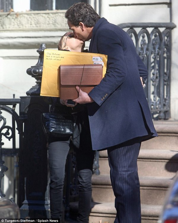 kkkkkkkkkkkkkkkkkkkkkkkkkkkkkkkkkkkkkkkkkkkkkkkkkkkkkkkkkkkkkkkkkkkkkkkkkkkkkkkkkkkkkkkkkkkkkkkkkkkkkkkkkkkkkkkk12 DÉCEMBRE 2013 : Mary-Kate quittant son appartement avec Olivier à New York   kkkkkkkk kkkkkkkkkkkkkkkkkkkkkkkkkkkkkkkkkkkkkkkkkkkkkkkkkkkkkkkkkkkkkkkkkkkkkkkkkkkkkkkkkkkkkkkkkkkkkkkkkkkkkkkkkkkkkkkk