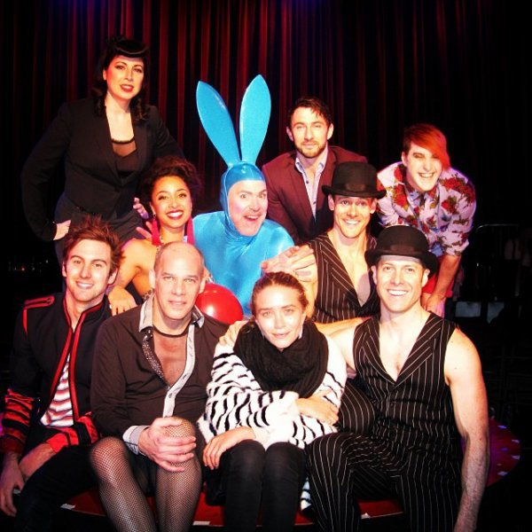 kkkkkkkkkkkkkkkkkkkkkkkkkkkkkkkkkkkkkkkkkkkkkkkkkkkkkkkkkkkkkkkkkkkkkkkkkkkkkkkkkkkkkkkkkkkkkkkkkkkkkkkkkkkkkkkk04 FÉVRIER 2014 : Mary-Kate posant avec les membres de la pièce de théâtre Burlesque dans les backstages du théâtre Union Square à New York    kkkkkkkk kkkkkkkkkkkkkkkkkkkkkkkkkkkkkkkkkkkkkkkkkkkkkkkkkkkkkkkkkkkkkkkkkkkkkkkkkkkkkkkkkkkkkkkkkkkkkkkkkkkkkkkkkkkkkkkk