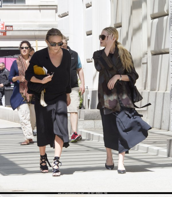 kkkkkkkkkkkkkkkkkkkkkkkkkkkkkkkkkkkkkkkkkkkkkkkkkkkkkkkkkkkkkkkkkkkkkkkkkkkkkkkkkkkkkkkkkkkkkkkkkkkkkkkkkkkkkkkk05 MAI 2014 : Mary-Kate et Ashley se promenant sur la 5e avenue à Manhattan, New York    kkkkkkkk kkkkkkkkkkkkkkkkkkkkkkkkkkkkkkkkkkkkkkkkkkkkkkkkkkkkkkkkkkkkkkkkkkkkkkkkkkkkkkkkkkkkkkkkkkkkkkkkkkkkkkkkkkkkkkkk