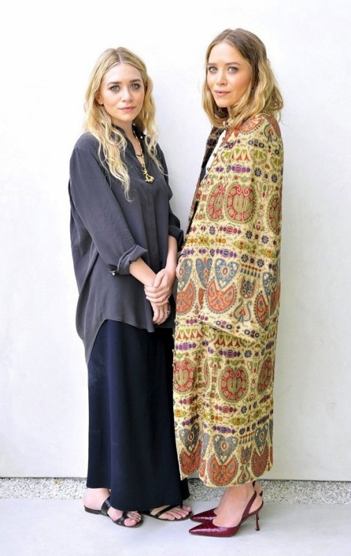 kkkkkkkkkkkkkkkkkkkkkkkkkkkkkkkkkkkkkkkkkkkkkkkkkkkkkkkkkkkkkkkkkkkkkkkkkkkkkkkkkkkkkkkkkkkkkkkkkkkkkkkkkkkkkkkk09 MAI 2014 : Mary-Kate et Ashley à leur nouveau magasin de The Row afin d'accorder une entree au site WWD sur Melrose Avenue à West Hollywood, Los Angeles   kkkkkkkk kkkkkkkkkkkkkkkkkkkkkkkkkkkkkkkkkkkkkkkkkkkkkkkkkkkkkkkkkkkkkkkkkkkkkkkkkkkkkkkkkkkkkkkkkkkkkkkkkkkkkkkkkkkkkkkk