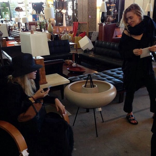 kkkkkkkkkkkkkkkkkkkkkkkkkkkkkkkkkkkkkkkkkkkkkkkkkkkkkkkkkkkkkkkkkkkkkkkkkkkkkkkkkkkkkkkkkkkkkkkkkkkkkkkkkkkkkkkk21 MARS 2014 : Mary-Kate et Ashley faisant la sélection de meubles antiques pour leur boutique The Row au magasin JF Chen à Hollywood, Los Angeles   kkkkkkkk kkkkkkkkkkkkkkkkkkkkkkkkkkkkkkkkkkkkkkkkkkkkkkkkkkkkkkkkkkkkkkkkkkkkkkkkkkkkkkkkkkkkkkkkkkkkkkkkkkkkkkkkkkkkkkkk