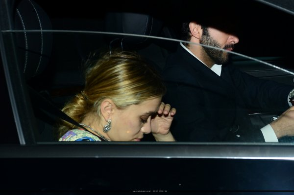 kkkkkkkkkkkkkkkkkkkkkkkkkkkkkkkkkkkkkkkkkkkkkkkkkkkkkkkkkkkkkkkkkkkkkkkkkkkkkkkkkkkkkkkkkkkkkkkkkkkkkkkkkkkkkkkk07 JUIN 2014 : Mary-Kate et Ashley arrivant au Château Marmont pour l'after party du mariage de leur amie Molly Fishkin à West Hollywood, Los Angeles   kkkkkkkk kkkkkkkkkkkkkkkkkkkkkkkkkkkkkkkkkkkkkkkkkkkkkkkkkkkkkkkkkkkkkkkkkkkkkkkkkkkkkkkkkkkkkkkkkkkkkkkkkkkkkkkkkkkkkkkk