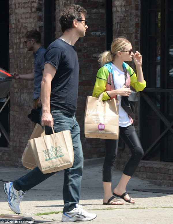 kkkkkkkkkkkkkkkkkkkkkkkkkkkkkkkkkkkkkkkkkkkkkkkkkkkkkkkkkkkkkkkkkkkkkkkkkkkkkkkkkkkkkkkkkkkkkkkkkkkkkkkkkkkkkkkk11 JUILLET 2014 : Ashley et son petit-ami Bennet Miller se dirigeant au supermarché Whole Foods à New York    kkkkkkkk kkkkkkkkkkkkkkkkkkkkkkkkkkkkkkkkkkkkkkkkkkkkkkkkkkkkkkkkkkkkkkkkkkkkkkkkkkkkkkkkkkkkkkkkkkkkkkkkkkkkkkkkkkkkkkkk
