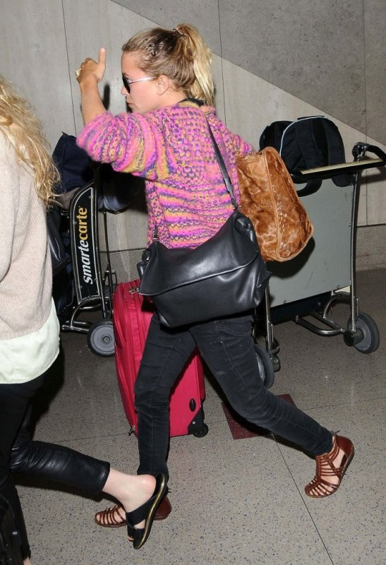 kkkkkkkkkkkkkkkkkkkkkkkkkkkkkkkkkkkkkkkkkkkkkkkkkkkkkkkkkkkkkkkkkkkkkkkkkkkkkkkkkkkkkkkkkkkkkkkkkkkkkkkkkkkkkkkk22 JUILLET 2014 : Mary-Kate et Ashley quittant l'aéroport de LAX à Los Angeles   kkkkkkkk kkkkkkkkkkkkkkkkkkkkkkkkkkkkkkkkkkkkkkkkkkkkkkkkkkkkkkkkkkkkkkkkkkkkkkkkkkkkkkkkkkkkkkkkkkkkkkkkkkkkkkkkkkkkkkkk