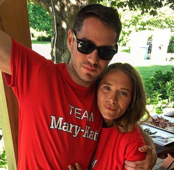 """kkkkkkkkkkkkkkkkkkkkkkkkkkkkkkkkkkkkkkkkkkkkkkkkkkkkkkkkkkkkkkkkkkkkkkkkkkkkkkkkkkkkkkkkkkkkkkkkkkkkkkkkkkkkkkkk13 JUIN 2015 : Mary-Kate et Ashley fêtant leur anniversaire en organisant un """"Olsen Olympics"""" (Une équipe Ashley VS Équipe Mary-Kate, celle d'Ashley ayant gagné) dans une maison louée à Sagaponack, dans les Hamptons à New York    kkkkkkkk kkkkkkkkkkkkkkkkkkkkkkkkkkkkkkkkkkkkkkkkkkkkkkkkkkkkkkkkkkkkkkkkkkkkkkkkkkkkkkkkkkkkkkkkkkkkkkkkkkkkkkkkkkkkkkkk"""