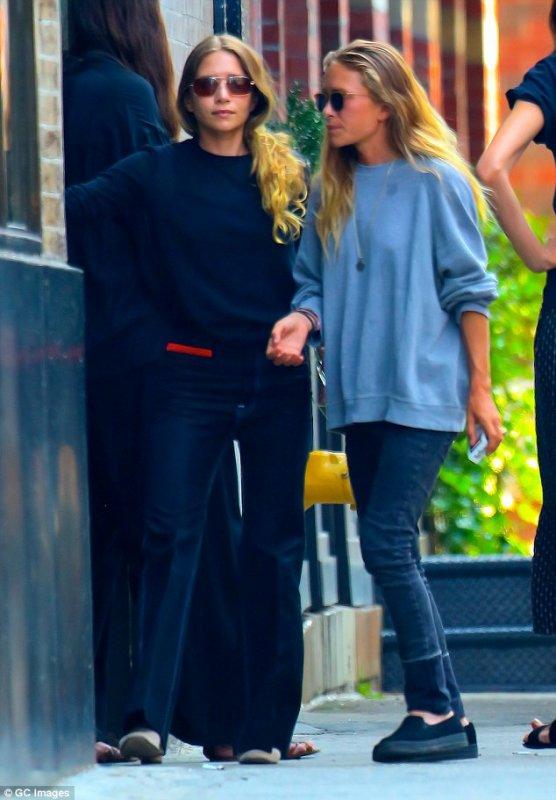 kkkkkkkkkkkkkkkkkkkkkkkkkkkkkkkkkkkkkkkkkkkkkkkkkkkkkkkkkkkkkkkkkkkkkkkkkkkkkkkkkkkkkkkkkkkkkkkkkkkkkkkkkkkkkkkk01 SEPTEMBRE 2015 : Mary-Kate et Ashley devant leur bureau à West Village, New York   kkkkkkkk kkkkkkkkkkkkkkkkkkkkkkkkkkkkkkkkkkkkkkkkkkkkkkkkkkkkkkkkkkkkkkkkkkkkkkkkkkkkkkkkkkkkkkkkkkkkkkkkkkkkkkkkkkkkkkkk