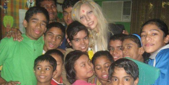 Photos de Gaga durant sa pause de quelques semaines avant de reprendre la route pour le BTWB en Europe !