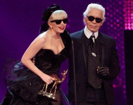 Lady Gaga - Bambi Awards 2011  !