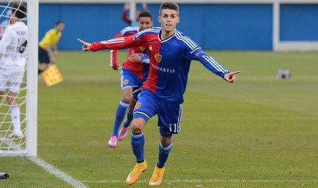 Robin Huser (Suisse / FC Bâle)